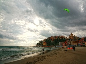 Kitesurfer and Parasio