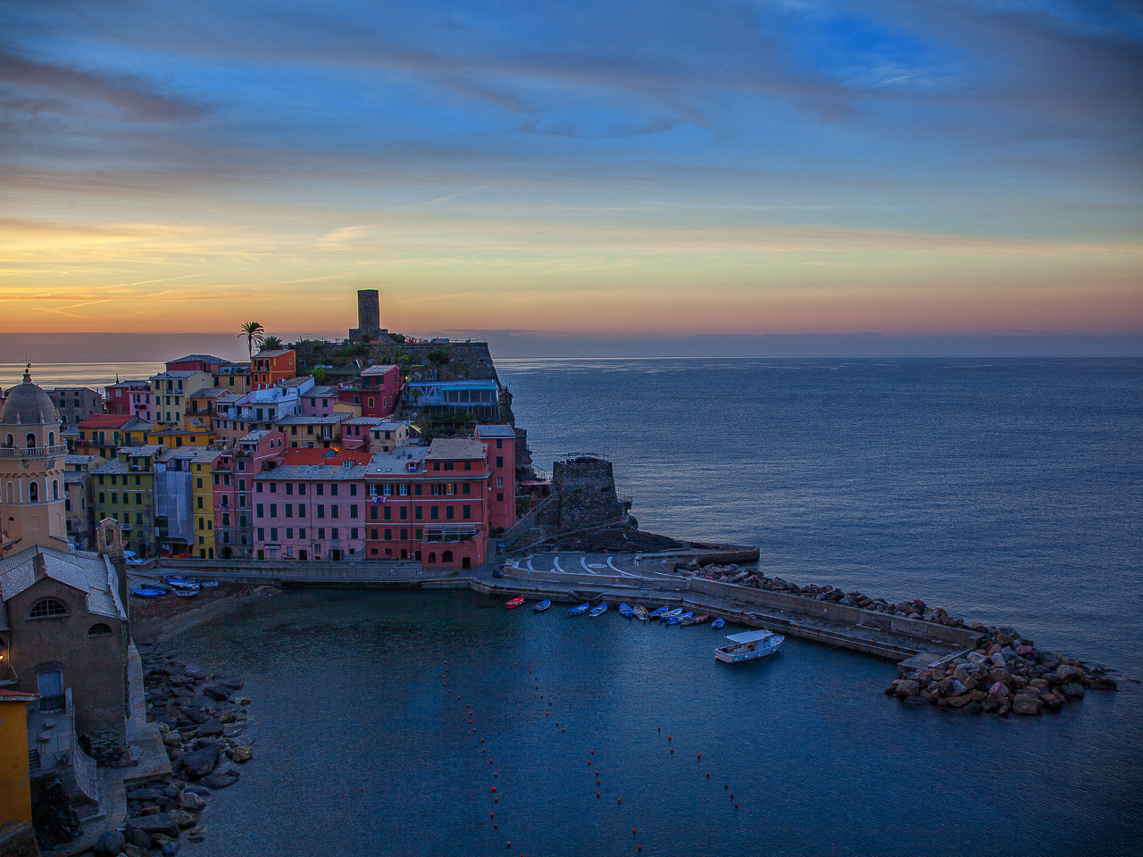 First light in Vernazza II