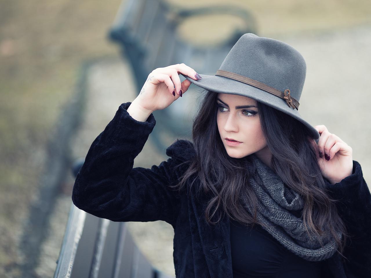 Isy (hat) #03