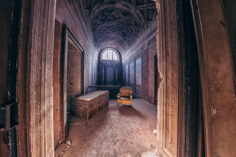 Palazzo dei Conti Morra #01