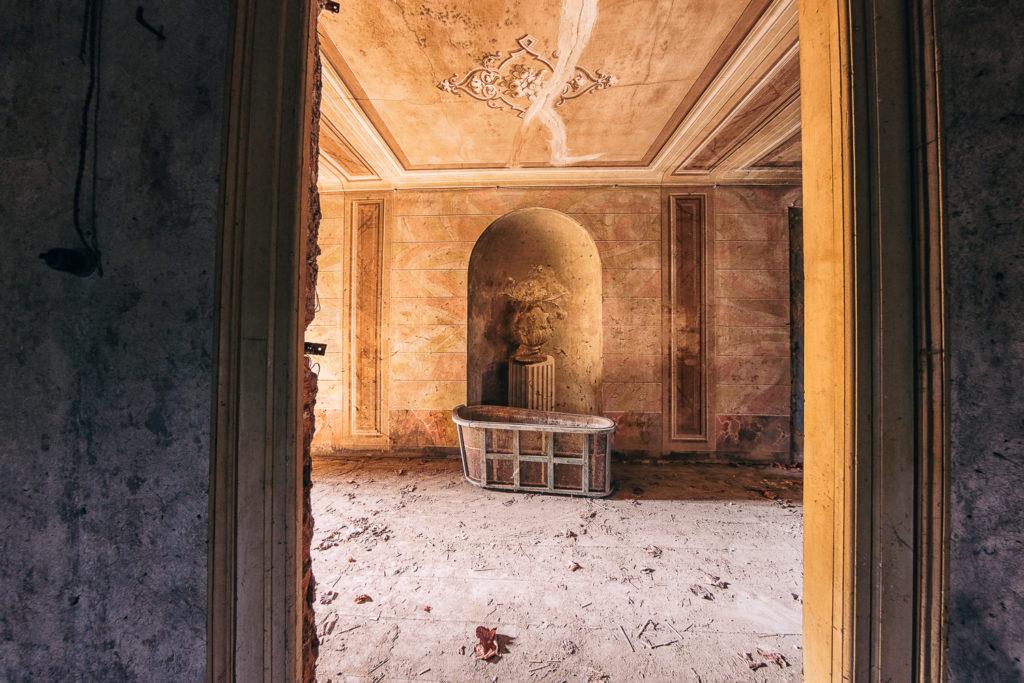 Palazzo dei Conti Morra #11