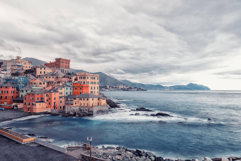 Genova si vede solo dal mare
