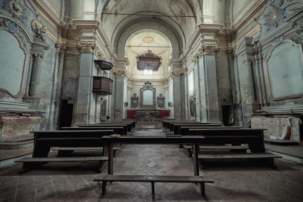 Leri Cavour. La Chiesa #01