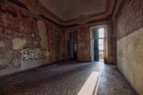 Villa dalle 100 finestre #08