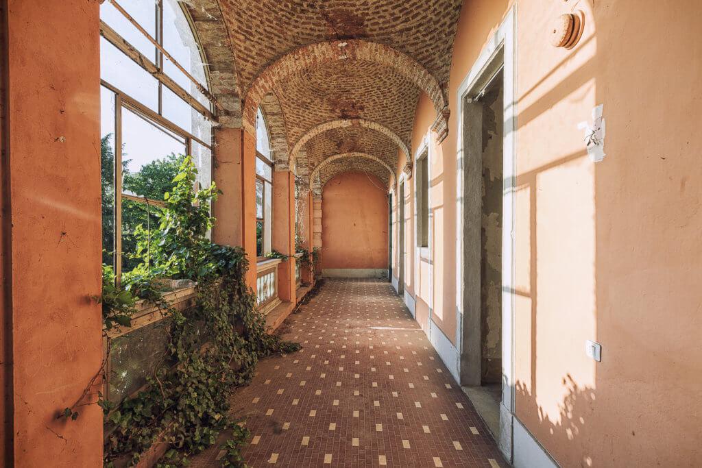 Villa dalle 100 finestre #13