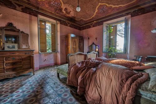 Villa degli Specchi #16