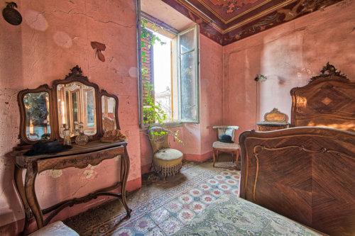Villa degli Specchi #17