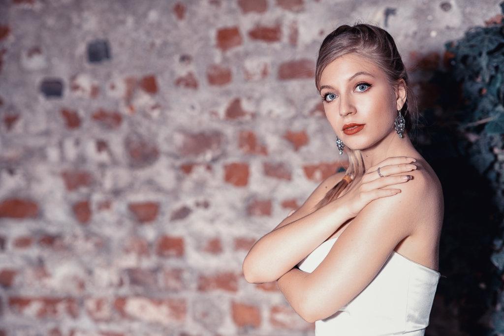 Chiara en blanche #01