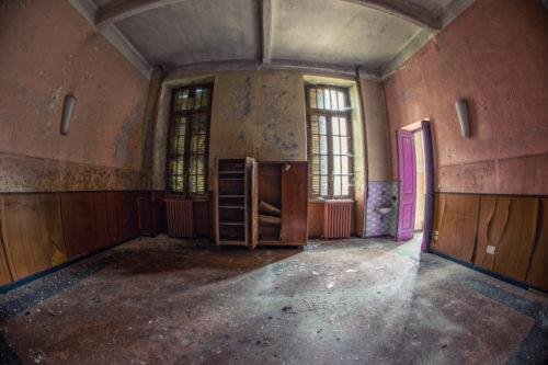 Asylum of R. /49